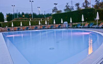 Con le piscine all'aperto a Milano e dintorni di Island Fun Village si è in vacanza anche in città